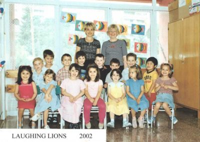 2002-laughing-lions