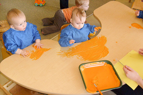 toddlers finger painting