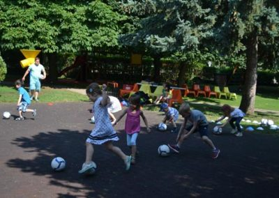 Children ball games in kindertgarten
