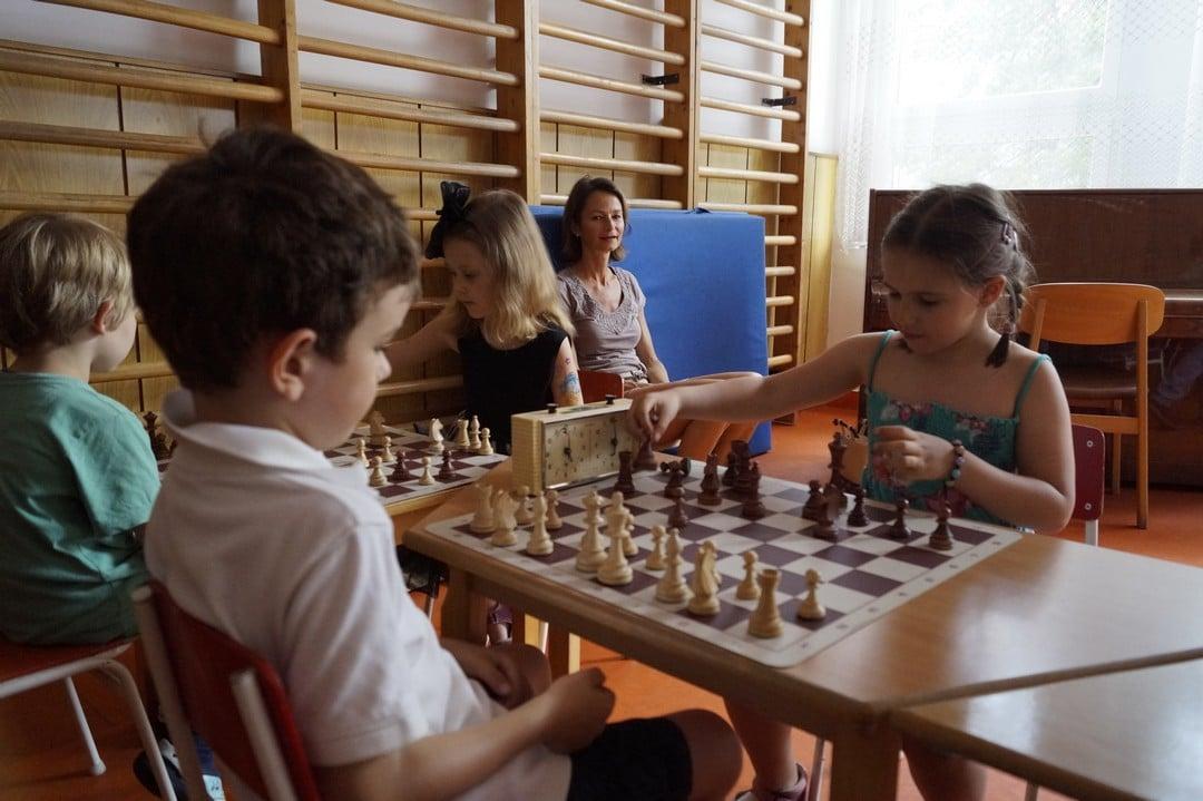 kindergarten chess in Budapest