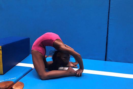 Akrobatikus gimnasztika