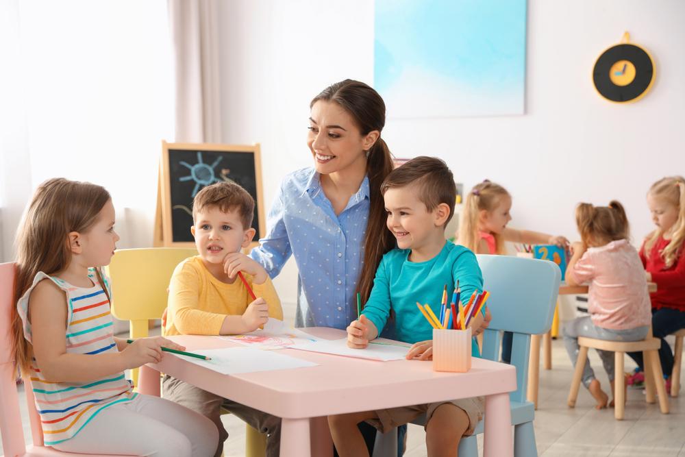 A gyermekek idegen nyelvi fejlődéséről röviden